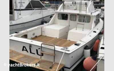 Bertram yacht 31 usato