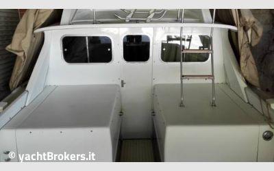 Bertram yacht 31 flybridge usato