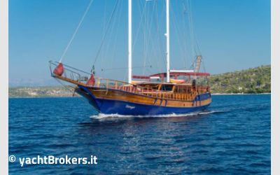 Custom Gulet Motor Sail 28 mt charter da M-Yachts Srl