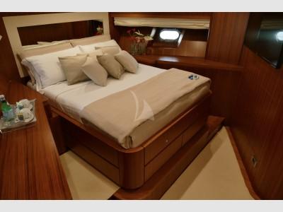 Favaro Yacht Dislocante