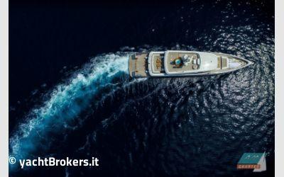 Rossinavi Aslec 4 charter